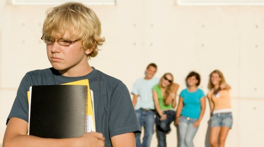 Tips On Helping Your Teen Overcome Peer Pressure  Troubled Teens