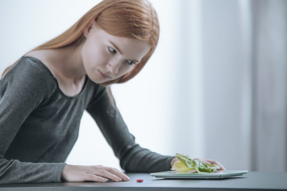 Causes, Warning signs, and Treatment of Eating Disorder in Teens
